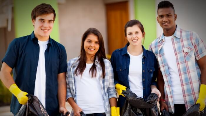 Why Students Should Volunteer - and How to Motivate Them to Participate Giving Compass