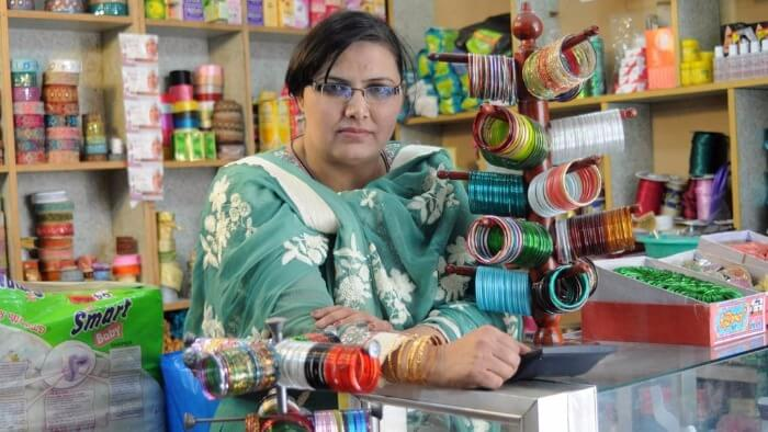 Financing Small and Mid-Size Enterprises for the SDGs Giving Compass