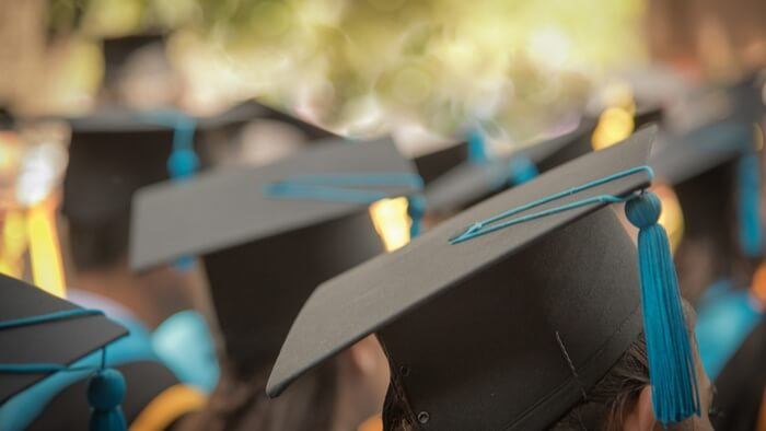 How This Scholarship Program is Improving College Access and Success Giving Compass