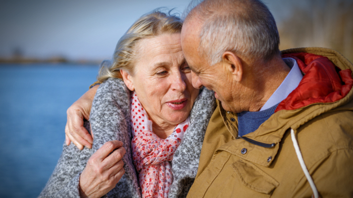 Older-couples-deciding-to-live-separately