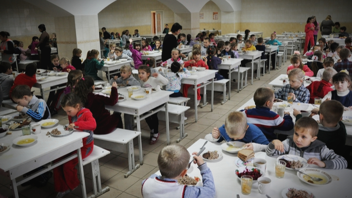 Where Do Kids Eat Lunch When School is Out? Giving Compass