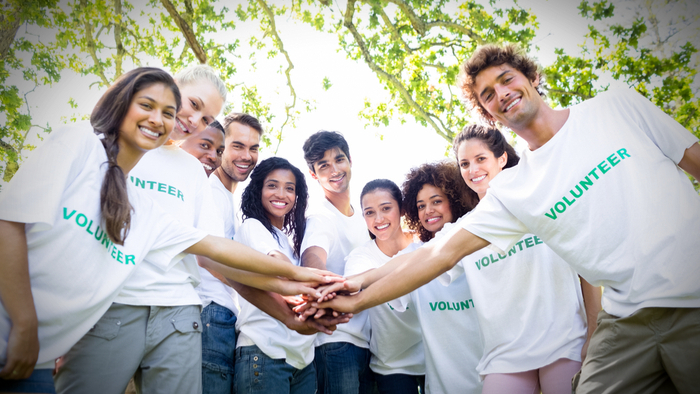 Millennial-volunteers