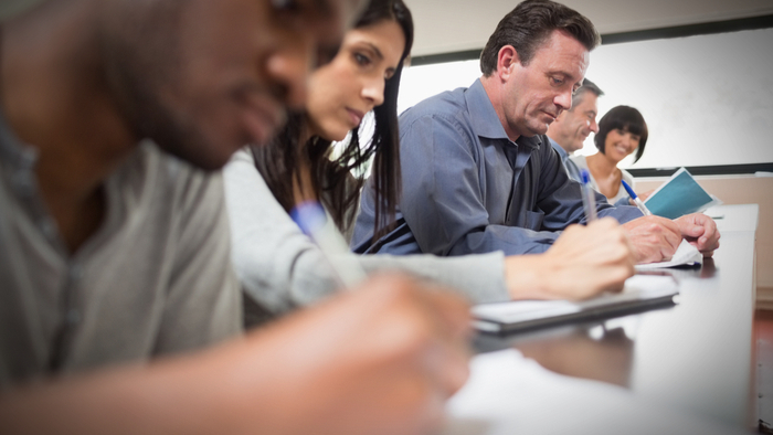 Adult-learners-in-college