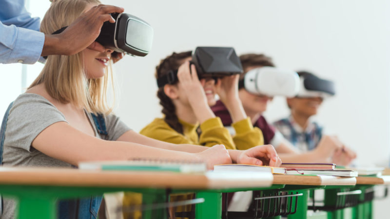Virtual Rreality Connects Students To Reef Die-Offs Giving Compass