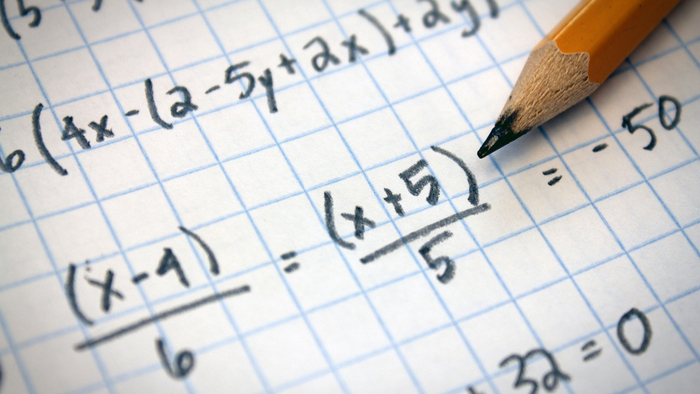 The Impact of Vouchers on Students' Math Scores Giving Compass