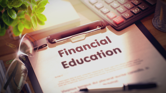 Partnerships Help Schools Inject Financial Literacy Into Curriculum Giving Compass