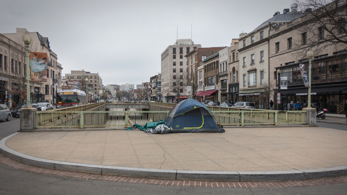 How Are HomelessnessCounts and Rates Different? Giving Compass