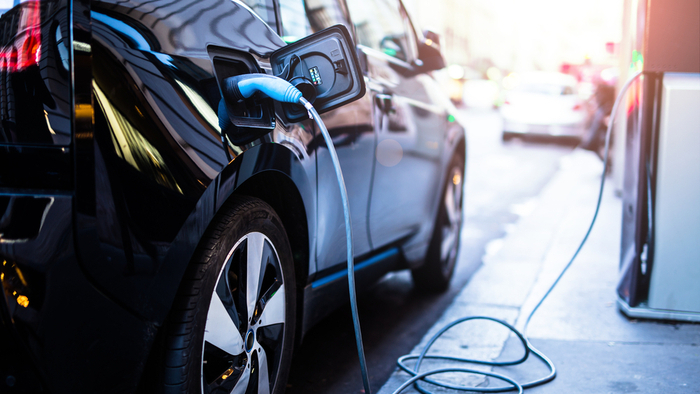Why a Measured Shift to Electric Vehicles Would Benefit the US