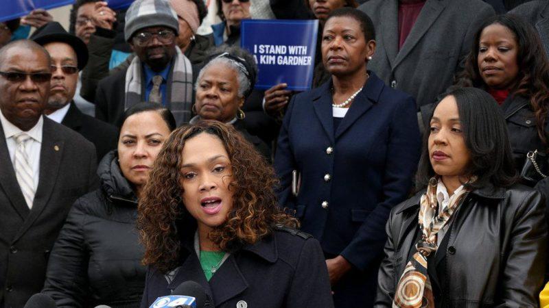 """Facing Intimidation, Black Women Prosecutors Say: """"Enough"""" Giving Compass"""