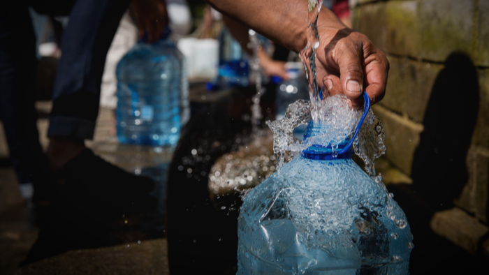 Reducing Plastic Pollution By Managing Drinking Water Supplies Giving Compass