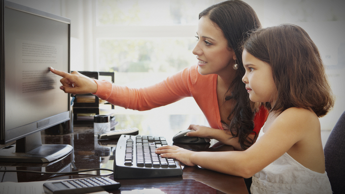 Convincing Your Family To Volunteer Virtually Giving Compass