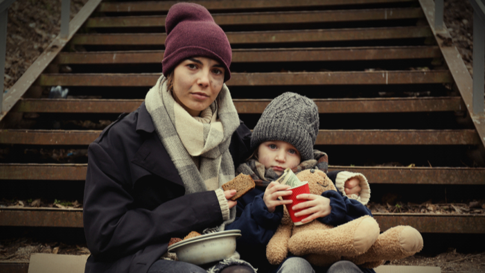 Distance Learning for Homeless Families Comes With Difficult Choices Giving Compass