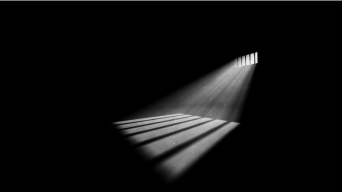 When Prisons Lose Power